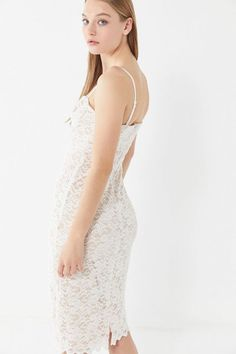 909c5940cc2c Slide View  4  UO Lace Bustier Midi Dress