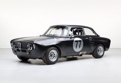 Looking for the Alfa Romeo Giulia of your dreams? There are currently 47 Alfa Romeo Giulia cars as well as thousands of other iconic classic and collectors cars for sale on Classic Driver. Alfa Romeo Junior, Alfa Romeo Cars, Vintage Sports Cars, Vintage Cars, Rally Car, Car Car, Alfa Bertone, Alfa Gta, Alpha Cars
