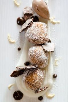 Sourdough Beignets, Chocolate Meringue, && Chocolate Sauce - A Glorious Dessert for All Lovers of Chocolate. Fancy Desserts, Just Desserts, Dessert Recipes, Chocolate Meringue, Chocolate Chocolate, Beignets, Macaron, Churros, Plated Desserts