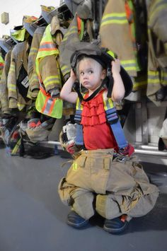 Firefighters daughter ~such brave feet to fill❤️ Fireman Kids, Fireman Party, Firefighter Paramedic, Female Firefighter, Firefighter Photography, Fire Department, Fire Dept, Fire Training, Firefighter Pictures