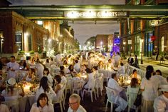 Four hundred white-clad diners converge Tuesday in downtown Toronto for Toronto's first Diner en Blanc, a flash-mob, invite-only picnic at the Distillery District | By CARLOS OSORIO
