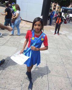 NOMBRE-- #concomics músic 2016 Guadalajara México  COMENTARIO-- #uneteanintendo con la #chicacosplay de María bros en el #otoñocosplay  Pero #lomiolomioeselcosplay cuando maria bros tiene un mensaje escrito  Y por eso.... #elfuturodenintendoeshoy  #elfuturodemariobroseshoy  #elfuturodelosvideojuegoseshoy  #elfuturodelcosplayeshoy  Y el #proyectomariobrosheroeylegenda  Y la lista hashtag relacionado a María bros con.... #mariabros #mariobros #mariabrosenlasconvenciones…