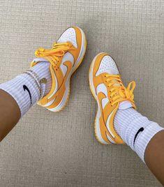 Cute Nike Shoes, Nike Air Shoes, Jordan Shoes Girls, Girls Shoes, Sneakers Fashion, Fashion Shoes, Swag Shoes, Aesthetic Shoes, Fresh Shoes