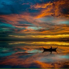 Sunset in Thailand by Laurent Hunziker.