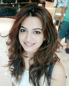 Actress1gallery: Kriti kharbanda cute pics Beautiful Asian Women, Beautiful Indian Actress, Simply Beautiful, Indian Celebrities, Beautiful Celebrities, Kirti Kharbanda, About Hair, India Beauty, Pretty Face