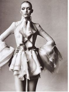 Vogue US March 2006 - Gemma Ward by Irving Penn