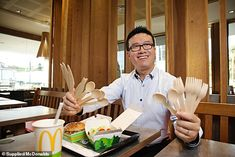 McDonald's Switches to Wooden Cutlery in Australia Mcdonalds, Plastic Pollution Solutions, Salad Bowls, Insta Makeup, Cutlery, Biodegradable Products, Australia, Tableware, Restaurants