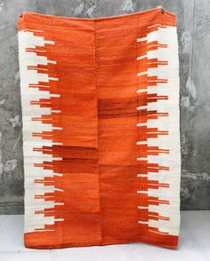 Red love, Pampa rug