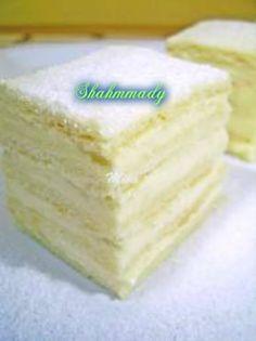 pizap.com13748346896682 Romanian Desserts, Romanian Food, Romanian Recipes, Cookie Recipes, Dessert Recipes, Lemon Layer Cakes, Sweet Tarts, Homemade Cakes, Easy Desserts