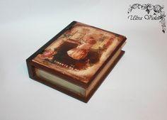 BuchschatulleBuchschachtel Buch Box. von UltroViolet auf Etsy