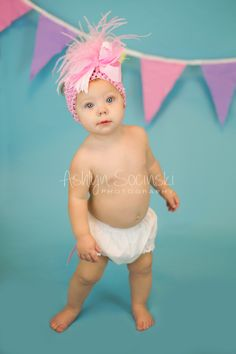 Chaselyn turns one! Cake Smash session by Ashlyn Socinski Photography