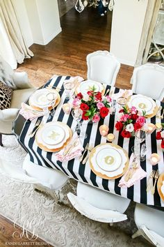 Elegant table settings, Valentines day decorations, Valentines, Valentine decorations, Valentine dinner, Kitchen decor modern - Chic Galentine's Day Table for Valentine's Day  how to set a girly Valen -  #Eleganttable #settings