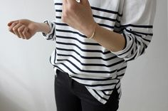 Breton slouchy stripe sweater tucked in jeans outfit