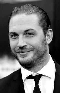 Tom Hardy attends The Dark Knight Rises Premiere at AMC Lincoln Square Theater on July 16, 2012, in New York / TH0108