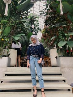Modern Hijab Fashion, Street Hijab Fashion, Hijab Fashion Inspiration, Modest Fashion, Simple Hijab, Casual Hijab Outfit, Ootd Hijab, Casual Outfits, Muslim Girls