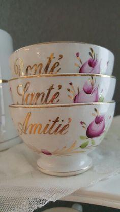 Kleine kommetjes Bonte, Sante en Amite van Societe Ceramique Antique Pottery, Ceramic Pottery, Southern Style, Daydream, Interior Inspiration, Cottages, Dreams, Decorating, Antiques