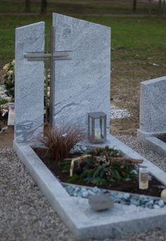 Einzelgrab in Granit mit eingesetztem Grabkreuz in Edelstahl Steinmetz, Cemetery Decorations, Religious Architecture, Grave Memorials, Lifehacks, Angels, Stone, Plants, Facades
