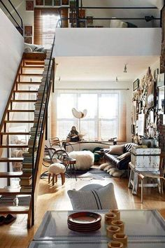 Small Loft a bibliophile's beautiful haven | toronto, lofts and toronto lofts