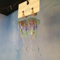 ヤナギクラゲのイヤリング
