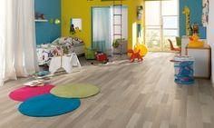 Laminat Cosmofloritan Home Beli Jesen Grey Laminate, Laminate Flooring, Grey Flooring, Bedroom Flooring, Floors, Floating Floor, Aalborg, Grey Oak, Underfloor Heating