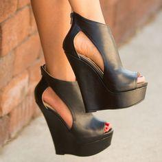 Black leather platform shoes. Shoes fashion ideas 2015.