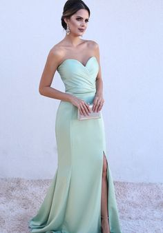Sexy Ruched Sweetheart Mermaid Split Prom Dresses from Babybridal Vestidos Color Verde Agua, Vestidos Color Menta, Split Prom Dresses, Strapless Dress Formal, Bridesmaid Dresses, Formal Dresses, Dress Meaning, Dress For You, Evening Dresses