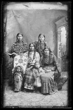 Group of Shoshone Women