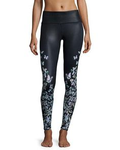 new york 60c89 dad19 Alo Yoga Airbrush Butterfly-Print Sport Leggings Yoga Mode,  Schmetterlings-druck, Airbrush