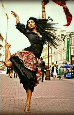 Trendy Ideas For Street Dancing Poses Shall We ダンス, Shall We Dance, Lets Dance, Jazz Dance, Tango, Dance Like No One Is Watching, Poses References, Dance Movement, Fred Astaire