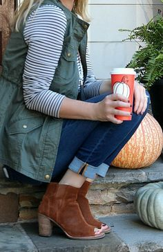 Cute fall outfit inspiration- military vest with open toe booties! #fallfashion #fallstyle