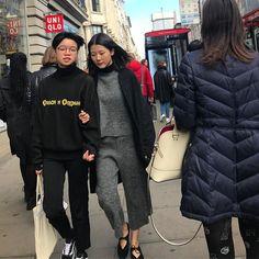 Oxford Street! #streetstyle #oxfordstreet #oxfordstreetstyle @oxfordstreetw1 @london @troy_wise @5by5forever #london #londonstyle #ldn #fashionmeetsthestreets #iastreetstyle #streetsoflondon #style #fashion #fashionphotography #fashionblogger #streetphotography #humansoflondon #fashionable #uk #britishfashion #spring2017 #2017 #ia #candid #thisislondon #instalike #instafashion #instastyle #rickguzman #troywise
