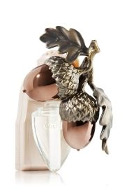 Bath and Body Works Wallflower Luxe Acorn w Cranberry Woods Bulb Diffuser | eBay