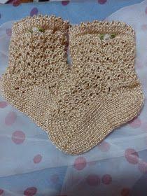 Unique: tutorial calcetín Knitting For Kids, Knitting Socks, Baby Knitting, Crochet Art, Cute Crochet, Knit Shoes, Knitted Animals, Baby Socks, Baby Booties