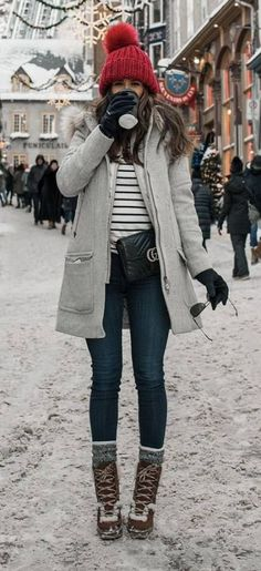 Pin od magda na moda winter outfits, mode i frauen outfits. Teen Winter Outfits, Stylish Winter Outfits, Winter Travel Outfit, Winter Fashion Outfits, Autumn Winter Fashion, Outfit Winter, Winter Wear, Cold Weather Outfits Casual, Ootd Winter