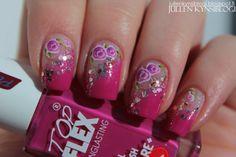 Jullen kynsiblogi - keväisen pinkkiä