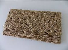 Discover thousands of images about Crochet purse pattern, only diagram , good enough Crochet Clutch Bags, Crotchet Bags, Crochet Purse Patterns, Crochet Pouch, Crochet Shoes, Crochet Handbags, Crochet Purses, Knitted Bags, Diy Crochet