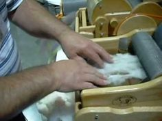 Lemonade Day 018 - How to use a drum carder. Batting the Fleece with Clemes & Clemes - YouTube