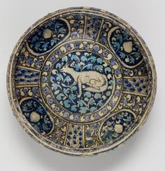 A Sultanabad pottery Bowl Persia, early 14th Century.