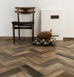 Barn Wood is a colored body porcelain stoneware that perfectly replicates the look of real wood planks while offering the convenience and durability known to porcelain tiles. 2018 Interior Design Trends, Wood Grain Tile, Chevron, Mandarin Stone, Wood Effect Tiles, Natural Stone Flooring, Tile Stores, Herringbone Tile, Stone Tiles
