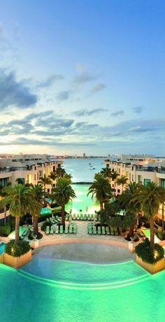 Palazzo Versace Hotel Gold Coast Australia. #luxurydesign #luxuryhotel #hoteldesign luxury holidays, lux travel, boutique hotel design. Visit http://www.memoir.pt