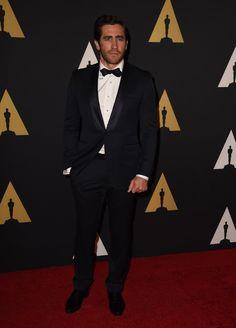 Pin for Later: Die Promis starten in die Awards-Saison Jake Gyllenhaal