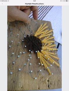 seed to sunflower oil - woodwork station? Want fantastic helpful hints concerning arts and crafts? String Wall Art, Nail String Art, String Crafts, Home Crafts, Crafts To Make, Crafts For Kids, Arts And Crafts, Diy Crafts, Sunflower Crafts