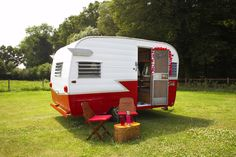 Oh, if only I had a 1950s caravan to play house in and decorate in a crazy, retro way…