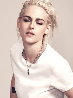 124 Best Kristen Stewart Fashion Style You Can Copy Kristen Stewart Hair, Kirsten Stewart, Daniel Golz, Pretty People, Beautiful People, Sils Maria, Elle Magazine, Girl Crushes, Belle