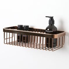 High-quality luxury bar basket, ideal for keeping your bottles neat and tidy!  Finished in Rose Gold.