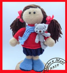 Esta muñeca es simplemente preciosa, tomé como base un patrón del blog de NOVEDADES JENPOALI, http://novedadesjenpoali.blogspot.com.es/201...
