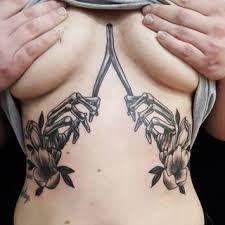 Bilderesultat for sternum tattoo