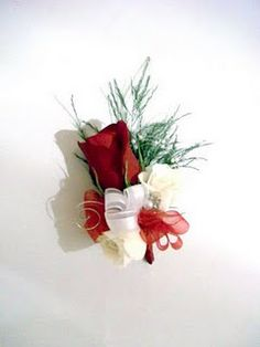 red / white boutonniere
