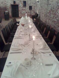 Väitöskaronkka Ruutikellarissa Dining Table, Album, Rustic, Google, Furniture, Home Decor, Country Primitive, Dinning Table, Retro