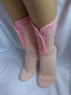 носки, носочки, шерстяные носки, вязаные носки, новогодний подарок, подарок на новый год, подарок девушке, подарок ручной работы, сапожки вязаные, сапожки валяные, сапожки ручной работы Vogue Knitting, Knitting Socks, Hand Knitting, Knitting Patterns, Crochet Socks Pattern, Crochet Shoes, Crochet Clothes, Crochet Blouse, Booties Crochet